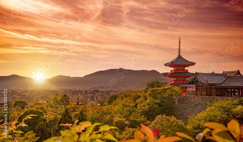 Wall Murals Kyoto view of Kiyomizudera shrine and Kyoto city at sunset