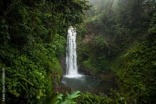 Fototapeta La Paz Waterfall Garden, Central Valley, Costa Rica
