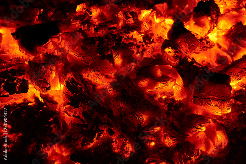 Fotografiet  View of embers burning.