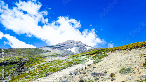 Foto op Canvas Donkerblauw Climbing Mount Taranaki near New-Plymouth, New-Zealand