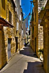 Uliczka w Trogirze, Chorwacja