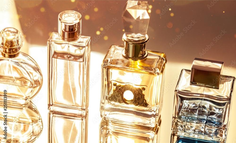 Fototapety, obrazy: Aromatic Perfume bottles on background