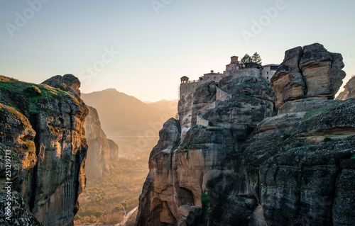 Fotografija  Landscape of Meteora, a rock formation in central Greece, hosting one of the largest and most precipitously built complexes of Eastern Orthodox monasteries, second in importance only to Mount Athos