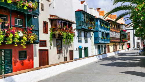Photo  Traditional colonial architecture of Canary islands