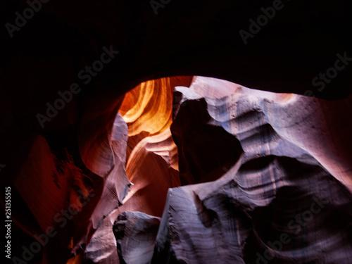 Valokuva  Antelope Canyon's Warm Glow