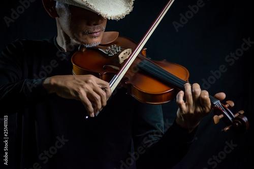Spoed Fotobehang Muziek Violin player Violinist playing closeup musical instruments