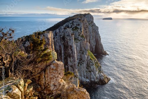 Fényképezés  Cape hauy in morning sun, Tasmania