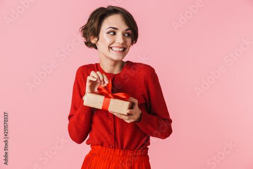 Obraz na plátně  Portrait of a beautiful young woman