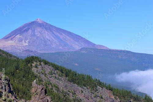 "Fotografia  Teide volcano from the view point of ""La Tarta"""