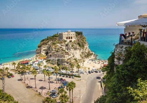 Obraz na plátně  Aerial view of Santa Maria dell'Isola Church - Tropea, Calabria, Italy