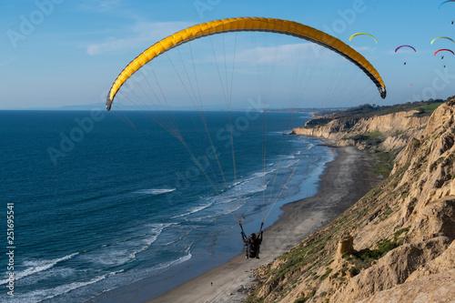Fotografía  paraglider in the sky