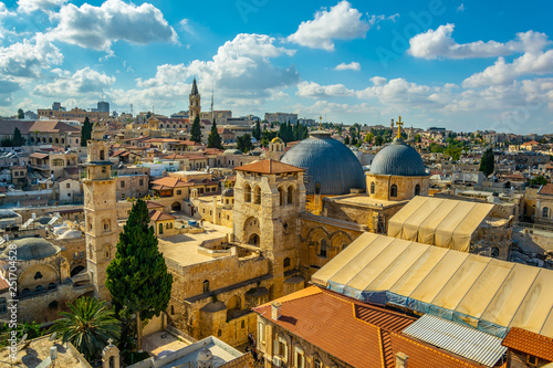 Photo Cityspace of Jerusalem with church of holy sepulchre, Israel
