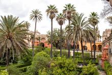 Espagne, Palais Et Jardin