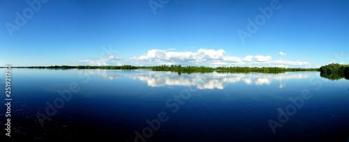 panorama of placid lake in florida Fototapeta