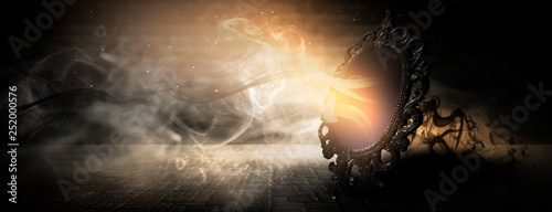 Fotografía  Mirror magic, fortune telling and fulfillment of desires