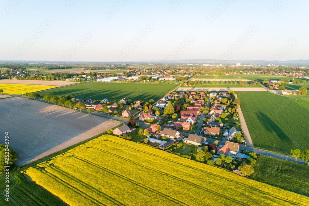 Fototapeta Luftaufnahme der Landschaft in Deutschland