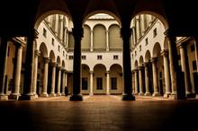 Pontos Turísticos , Cidade De Genova E Rivarone