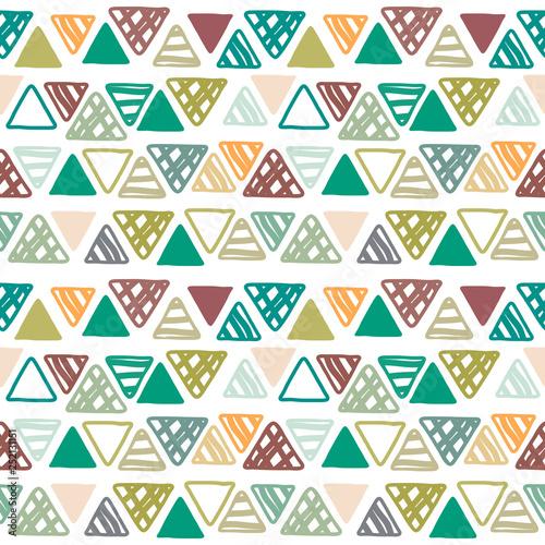 bezszwowy-wzor-doodle-trojboki-na-bialym-tle-etniczny-bezszwowy-wzor-plemienne-tlo-wzor-geometryczny-recznie-rysowane-nieskonczonosci-ilustracji-wektorowych
