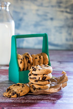 Chocolate And Milk Cookies