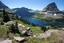 Hidden Lake With Bearhat Mountain, Glacier National Park, Rocky Mountains, Montana, USA, North America