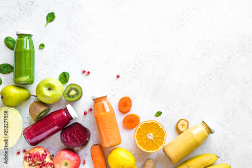 Obraz na płótnie Smoothies and ingredients