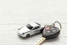 Car Keys With Remote Control S...