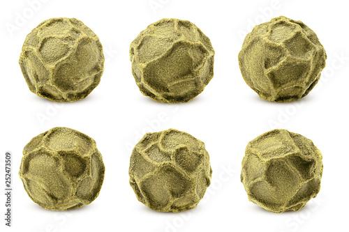 Fototapeta Green pepper, peppercorn, isolated on white background, clipping path, full depth of field obraz