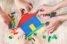 Build A Designer Lego House. S...