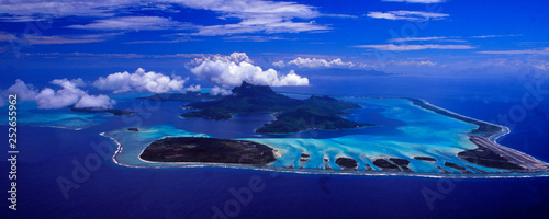 Montage in der Fensternische Dunkelblau French Polynesia: Helicopter flight and airshot from Bora Bora Island