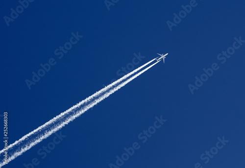Fotografía  Plane in the sky