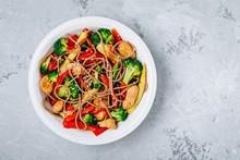 Chicken Stir Fry Noodles Bowl ...