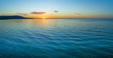 Water And Land At Dusk - Minim...