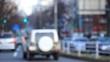 東京 原宿 表参道 道路を走る自動車 交通イメージ