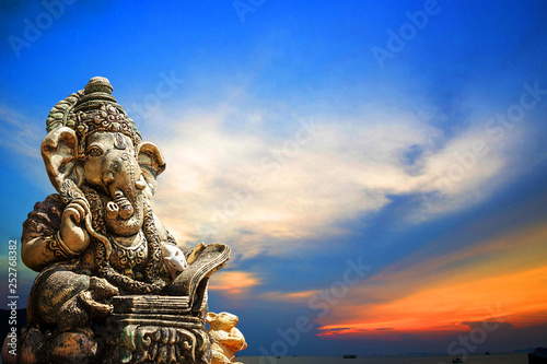 Ganesha religious restraint thing old Asia Dongtan power tourism Nature sunset Wallpaper Mural