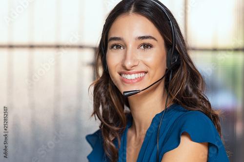 Cuadros en Lienzo Beautiful call center consultant