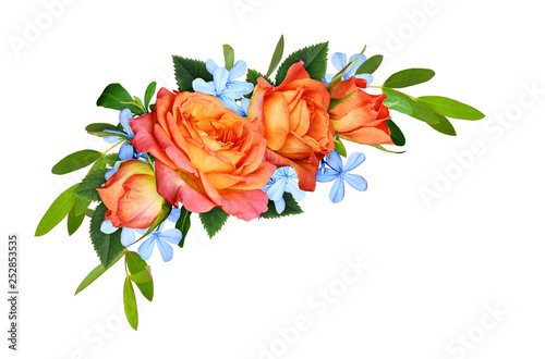 Poster Fleur Orange roses and blue small flowers with eucalyptus leaves in a corner floral arrangement