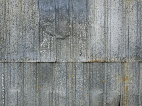 Foto  Texture of corrugated metal