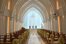 チャペル式結婚式場