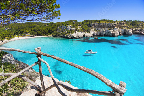 Fotografiet Beautiful Cala Macarella beach, Menorca island, Spain