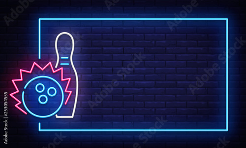 Photo Bowling neon sign vector