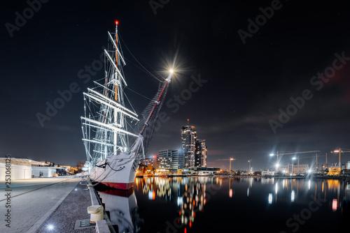 Obraz Night panorama on the marine in Gdynia - fototapety do salonu