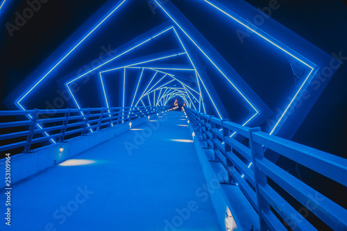 Fotografie, Tablou The High Trestle Trail Bridge in Boone, Iowa during the Night