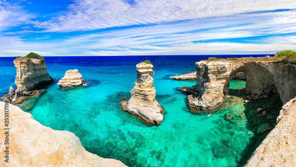 Fototapety, obrazy: Best beaches and sea of Italy . Puglia - Torre di sant Andrea, natural rock formations