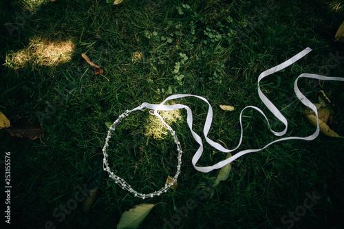Fotografie, Obraz  wedding wreath for the bride on the grass