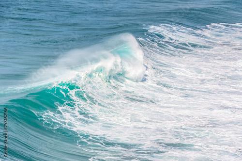 Foto auf Gartenposter Wasser big ocean waves in windsy weather