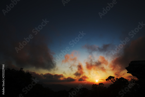 Photo Stands Roe Stone profile and trees silhouettes at sunrise in Brazil