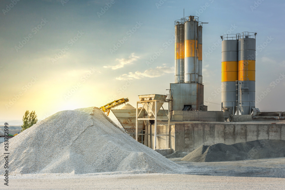 Fototapeta Sand destined to the manufacture of cement in a quarry
