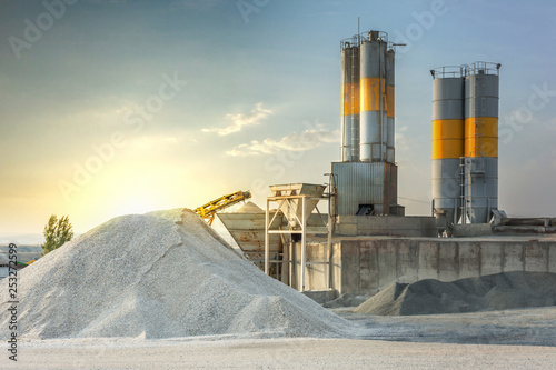Fotografía Sand destined to the manufacture of cement in a quarry