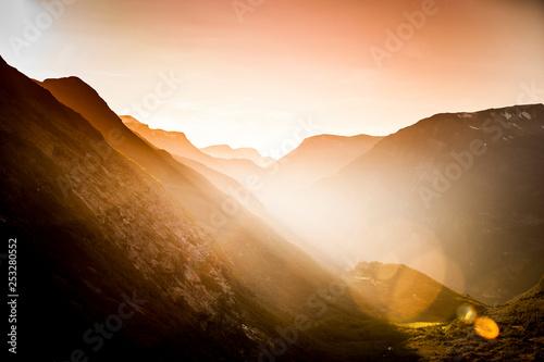 Gegenlicht am Fjord