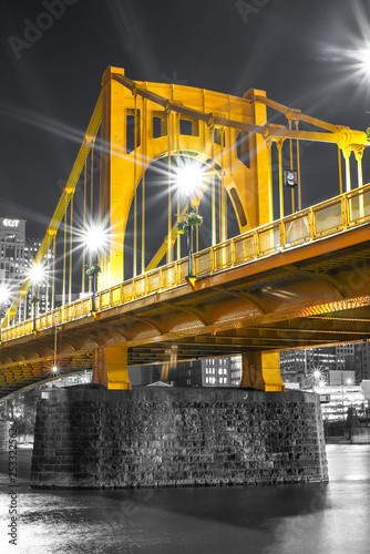 Fotografie, Obraz  Andy Warhol Bridge